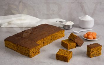 Pre-cut Carrot sponge cake